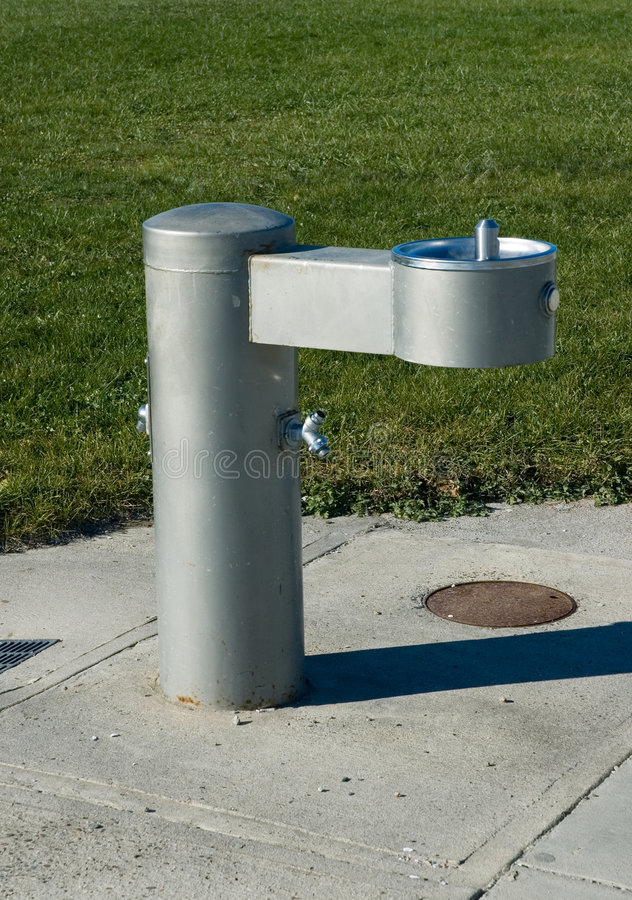 Poste d'eau potable de stationnement photos stock
