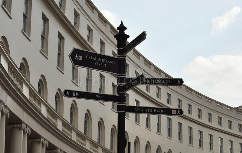 Poste de muestra en Londres fotos de archivo libres de regalías