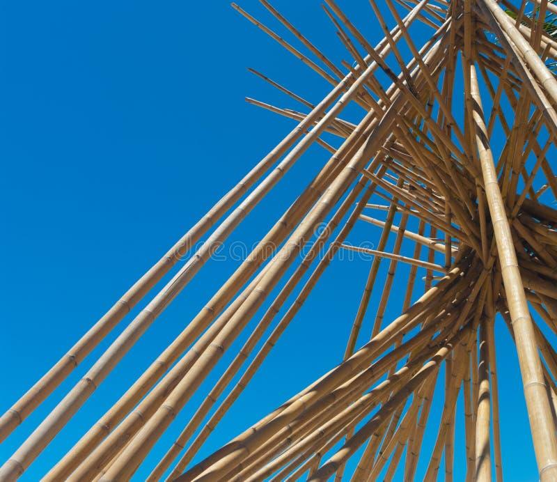 Postes de bambú imagen de archivo libre de regalías