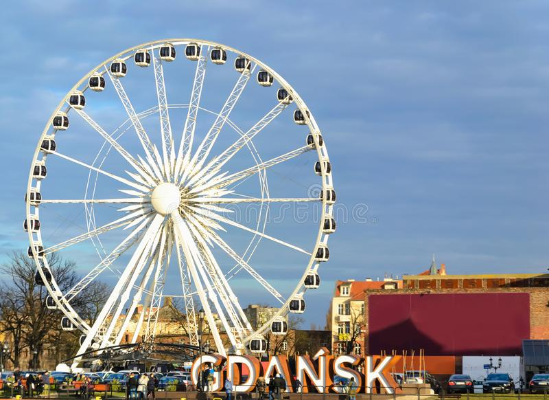 Postkarten-Ansicht von Gdansk, Polen über dem Fluss bei Sonnenuntergang lizenzfreies stockbild