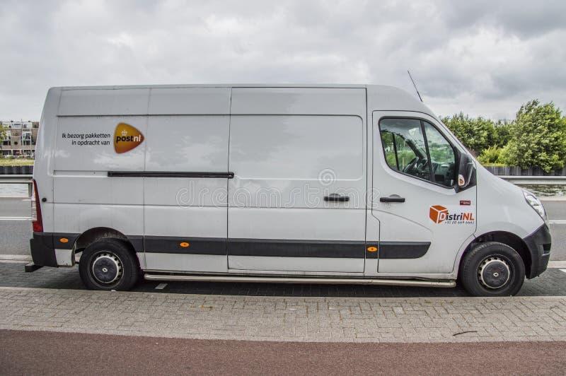 Postnl branco Van At Diemen The Netherlands fotografia de stock royalty free