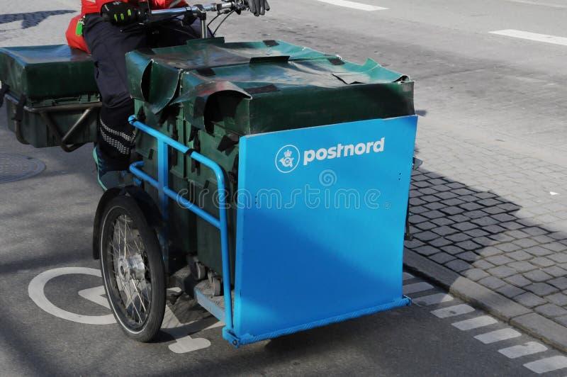 POSTNORD dostawy TRZY koła rower fotografia stock