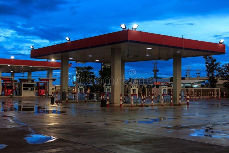 Posto de gasolina foto de stock