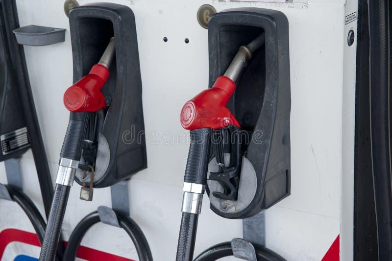Posto de gasolina imagens de stock