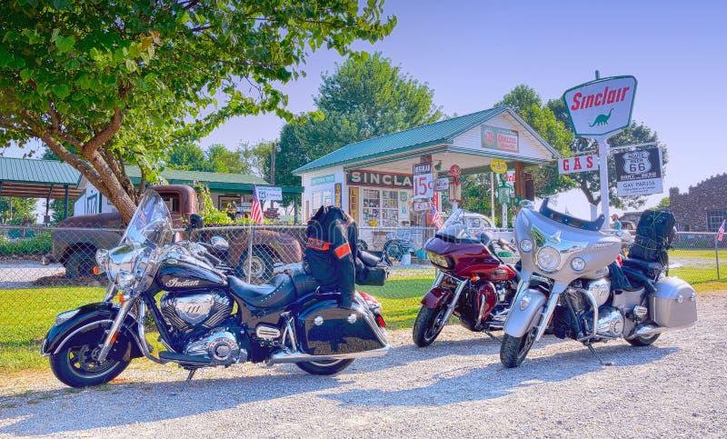 Posto de gasolina alegre de Parita Sinclair, um legen de Route 66 imagem de stock