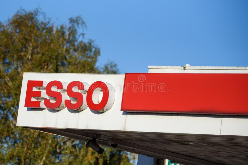 Posto de gasolina de Esso Hamburgo, Alemanha fotos de stock royalty free