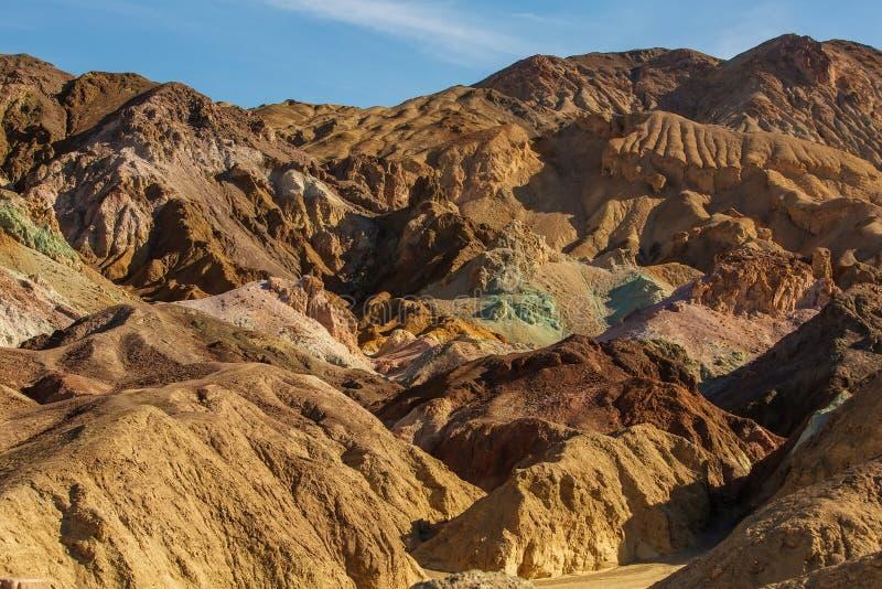 Posto del punto di riferimento della tavolozza del ` s dell'artista nel parco nazionale di Death Valley, C fotografia stock libera da diritti