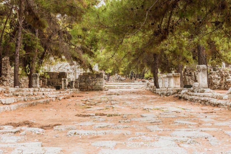 Posto di pietra in punto di riferimento storico antico di Phaselis Faselis della città della Turchia fotografie stock