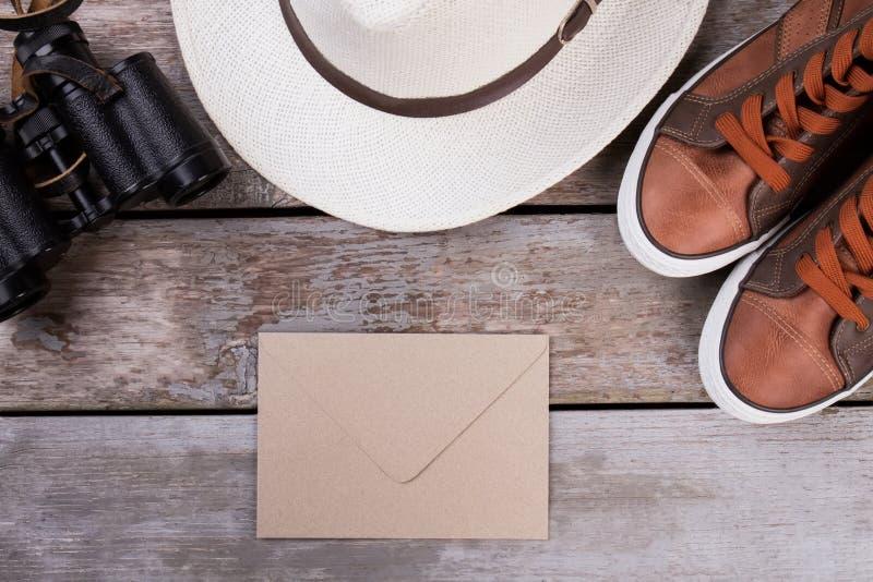 Postpost en reistoebehoren royalty-vrije stock afbeelding