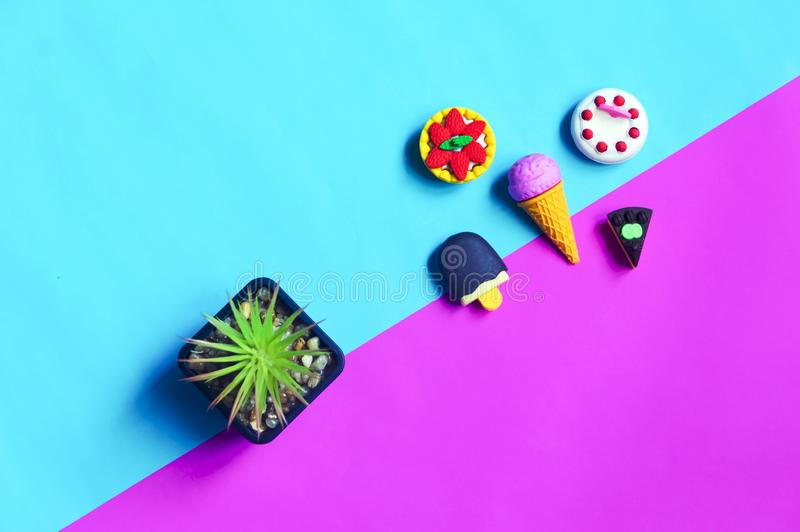 Postre dulce de goma lindo minúsculo fotos de archivo libres de regalías