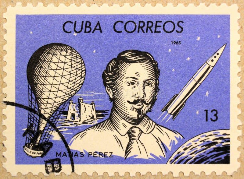 Poststempel von Kuba zeigt Matias Perez, einen kubanischen Ballonpiloten stockfoto