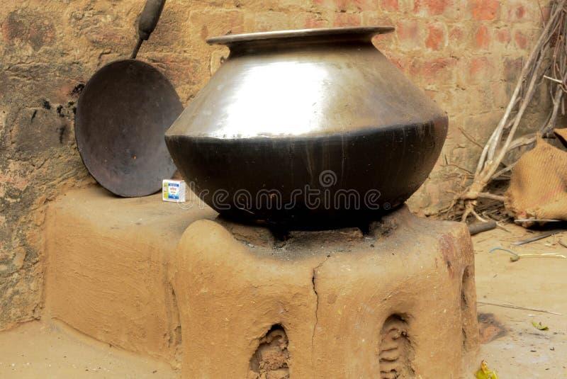 Pot à cuire indien image stock