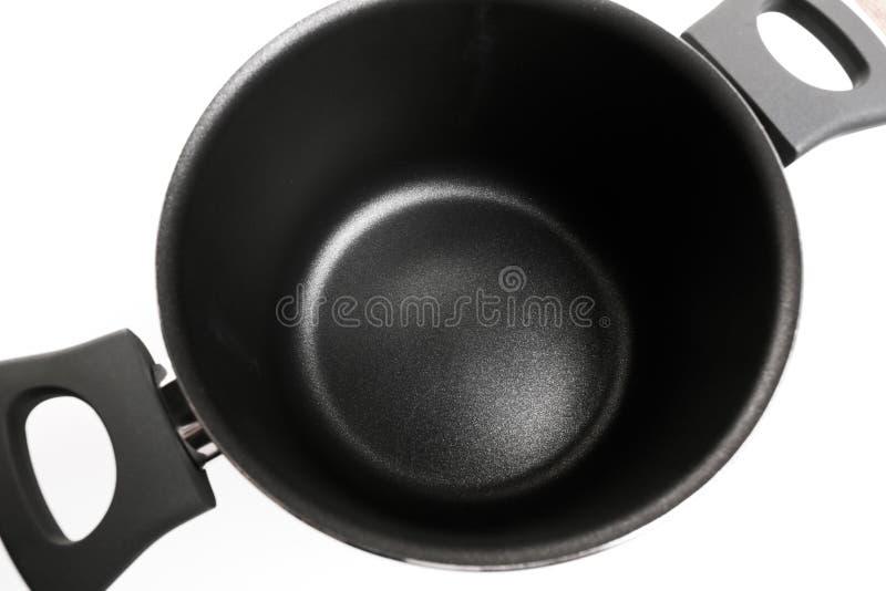 Pot ? cuire ouvert d'acier inoxydable sur le fond blanc photos libres de droits