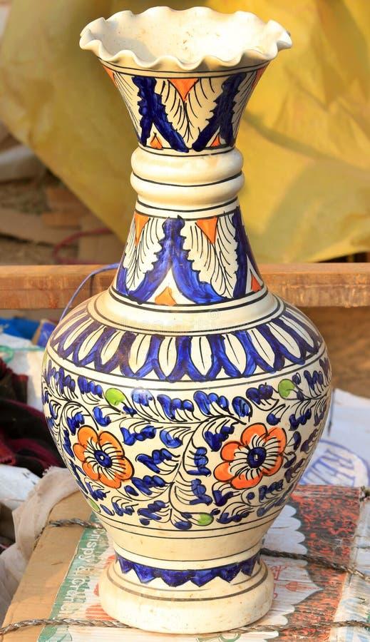 Pot de fleur chinois image stock
