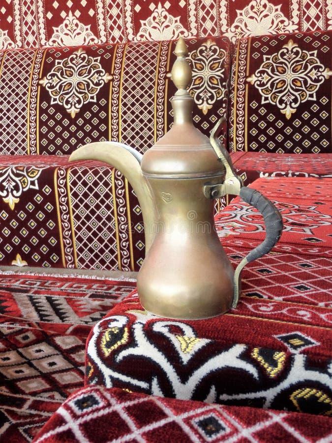POT del caffè arabo immagine stock