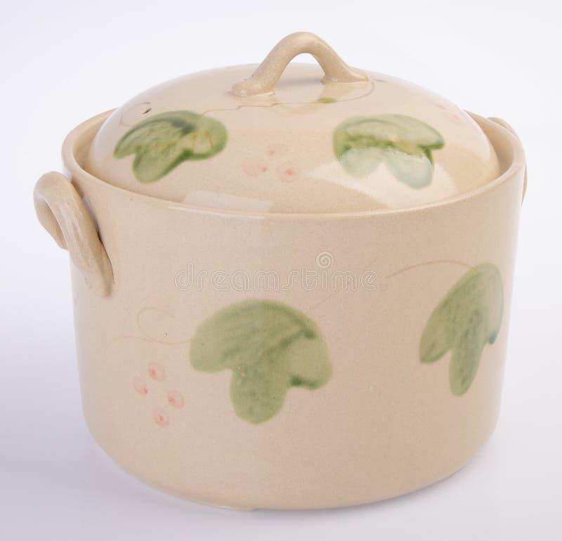 Pot, pot en céramique sur le fond blanc photo libre de droits