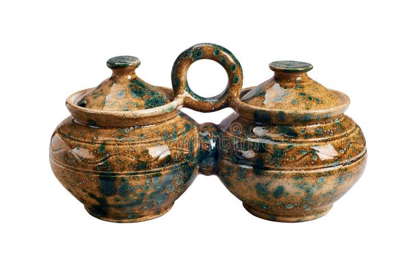 Pot fait main en céramique pour la sauce image libre de droits