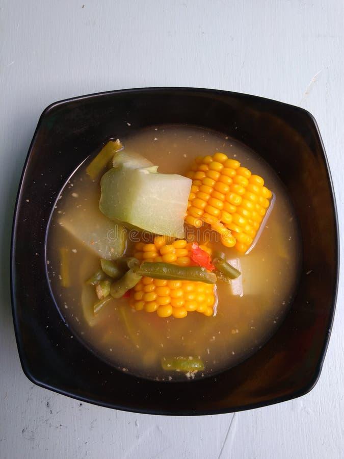 Potage aux légumes de tamarinier photo libre de droits