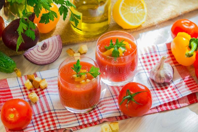 Potage Gazpacho de tomate image libre de droits