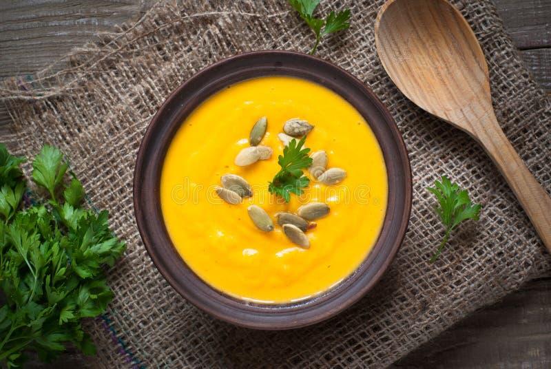 Download Potage Traditionnel De Potiron Image stock - Image du nourriture, closeup: 77159667