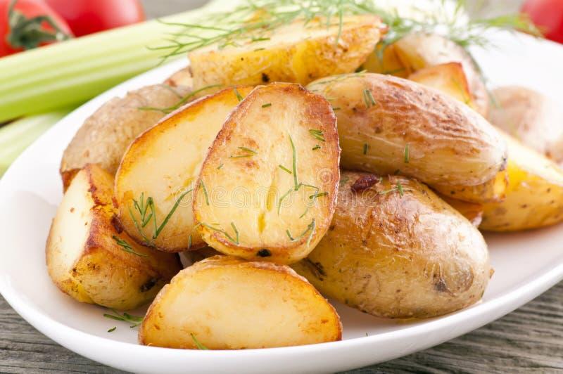 potatisar grillade royaltyfria foton
