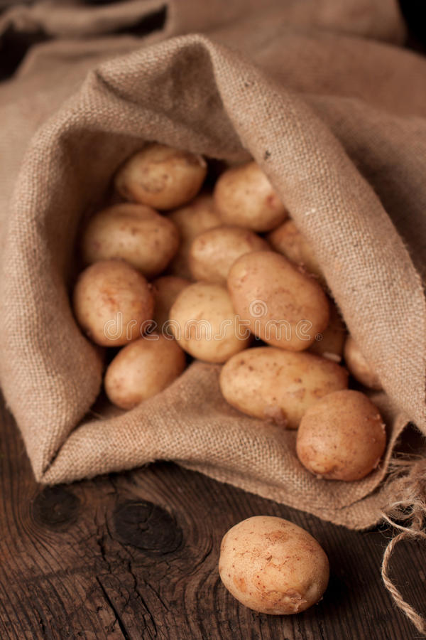 Potatoes In Sack Royalty Free Stock Photography
