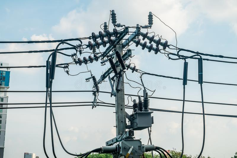 Poteau électrique concret à Bangkok, Thaïlande images libres de droits