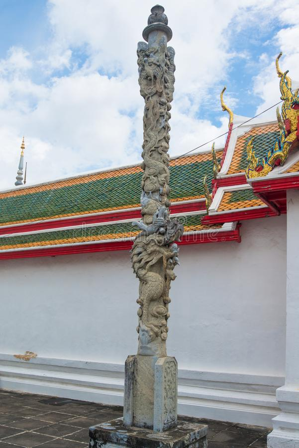 Poteau de dragon dans l'arun Bangkok, Thaïlande de Wat images libres de droits