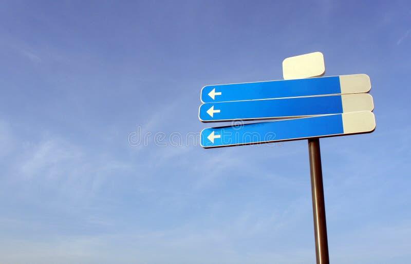 Poteau de signalisation blanc photos libres de droits