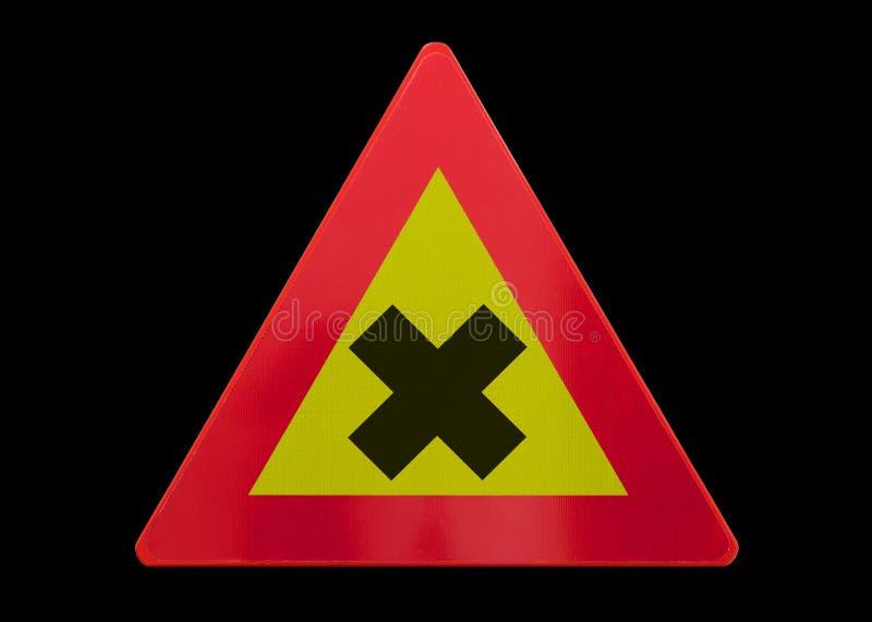 Poteau de signalisation d'isolement - croisement dangereux photographie stock