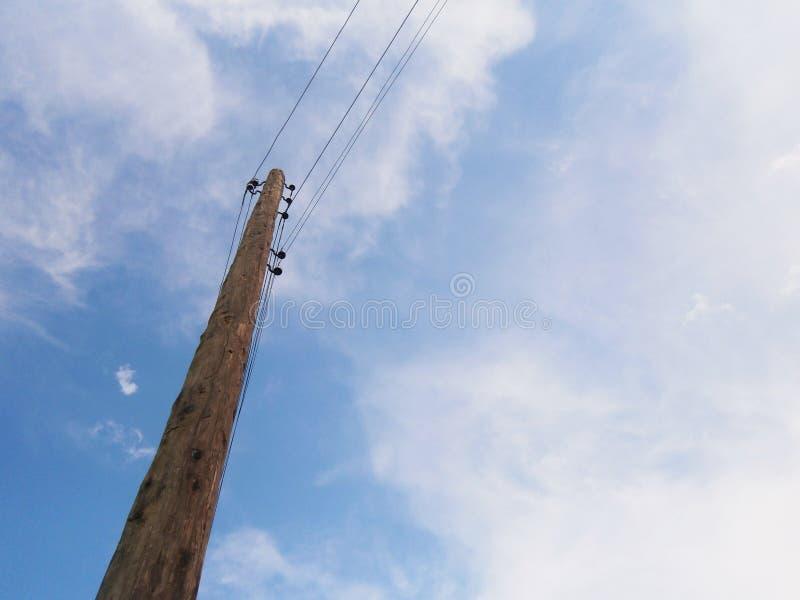 Poteau en bois photographie stock libre de droits