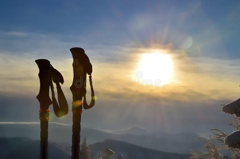 Poteaux de trekking photographie stock libre de droits