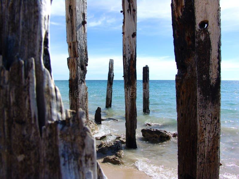 Poteaux en bois photos stock