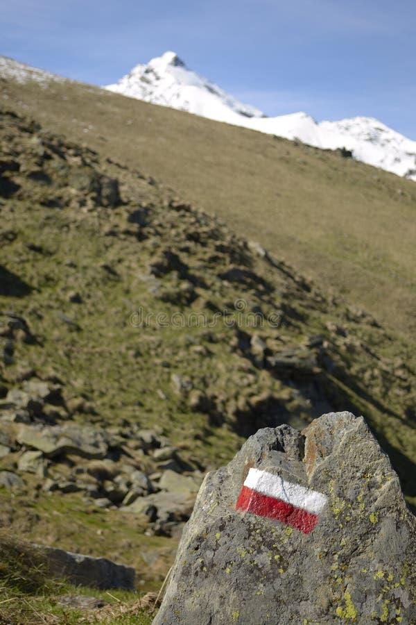 Poteaux indicateurs de sentier piéton photo stock