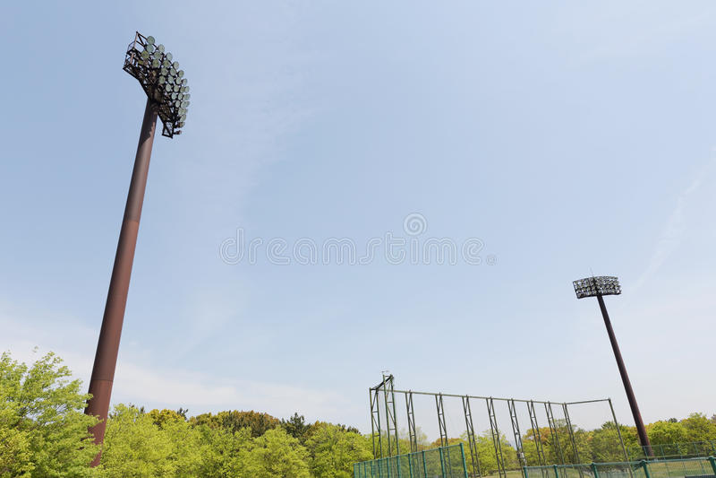 Poteaux légers dans le stade photo libre de droits