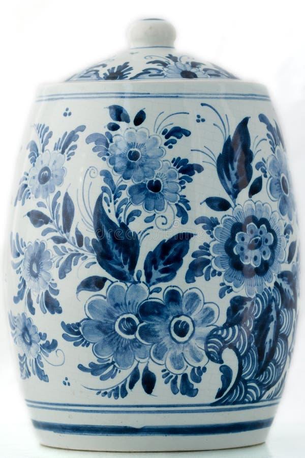 Potenciômetro do azul de Delft imagem de stock