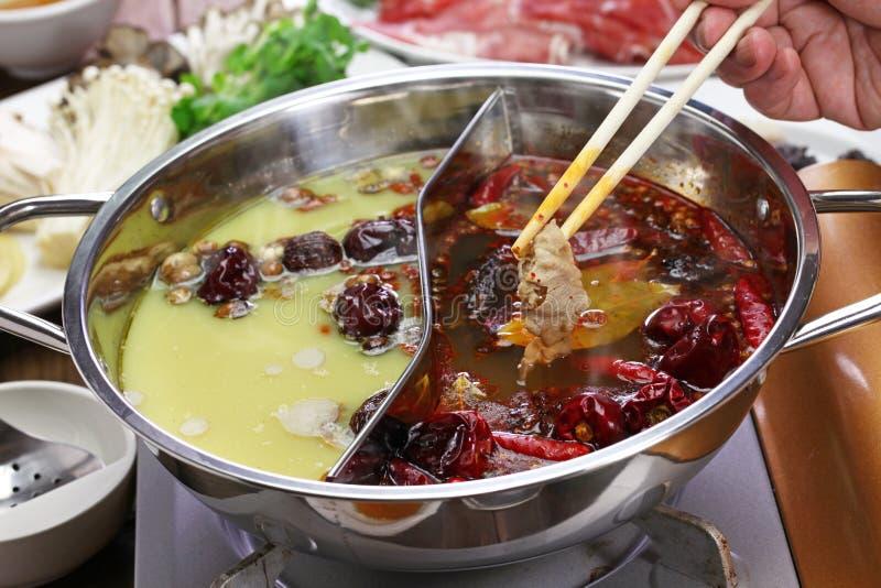 Potenciômetro quente de yang do yin de Chongqing fotos de stock