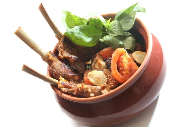 potenciômetro com alimento oriental imagens de stock royalty free