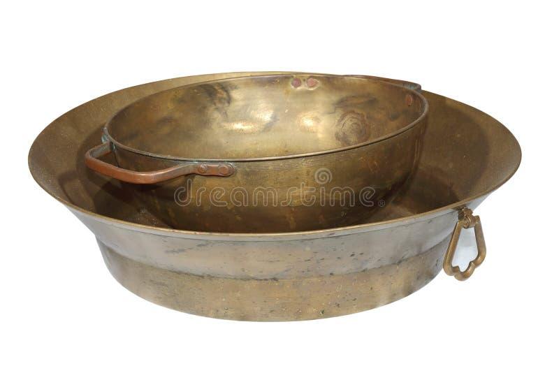 Potenciômetros de cobre feitos a mão antigos fotografia de stock