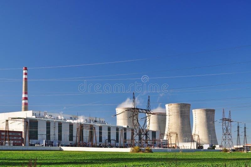potenza di industria nucleare fotografia stock libera da diritti