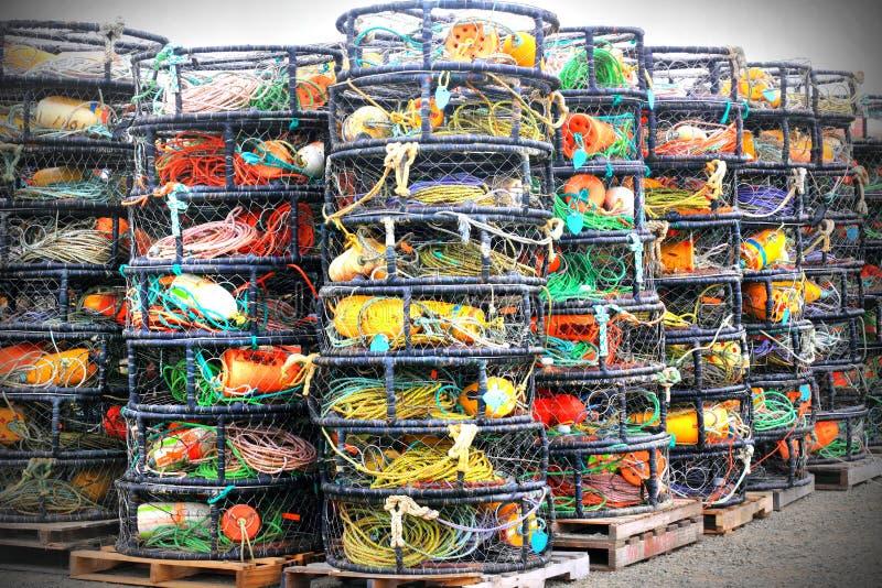 Potes de cangrejo apilados imágenes de archivo libres de regalías