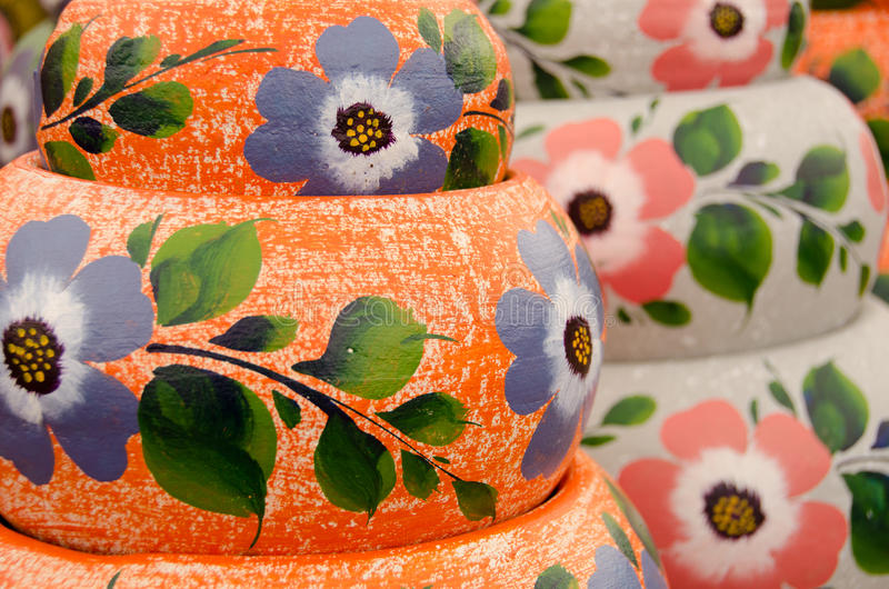 Download Potes De Cerámica Mexicanos, Variedad Anaranjada Grande Imagen de archivo - Imagen de ceramic, artesanía: 64203915