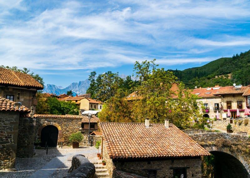 Potes Um dos reboques os mais bonitos da Espanha imagem de stock royalty free