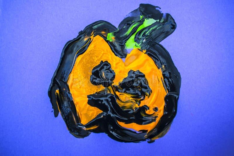Potiron de Halloween fraîchement peint par des enfants photo stock
