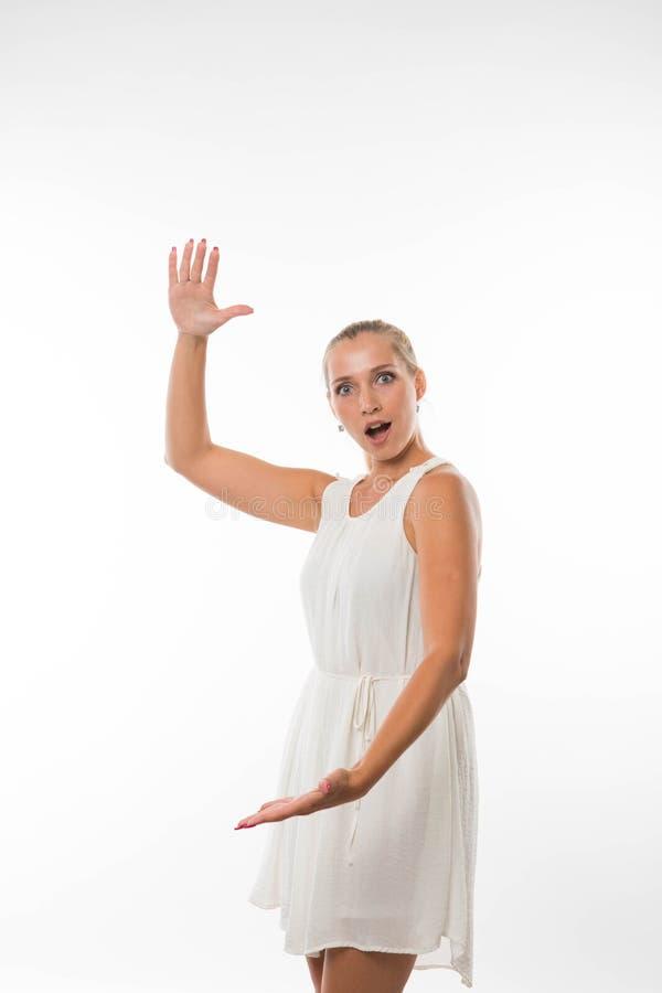 Potomstwa zachęcali kobiety pokazuje rękami zdjęcie royalty free