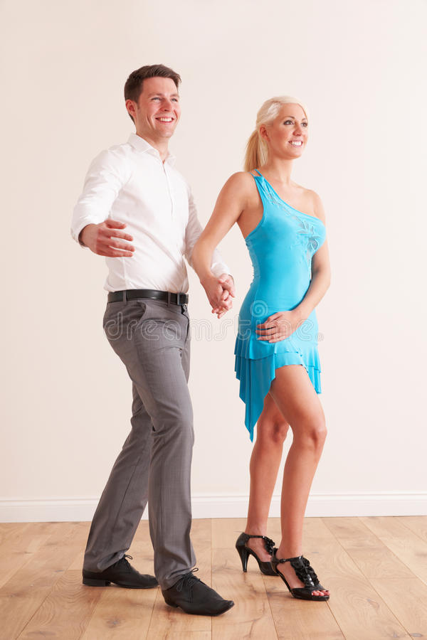 Potomstwo para Tanczy Wpólnie obraz royalty free