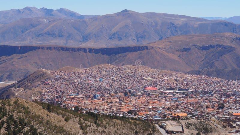 """Potosi †""""en av de högsta städerna i världen royaltyfri fotografi"""