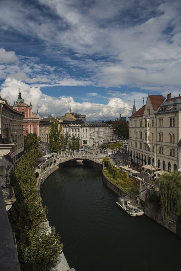 Potrójny most nad rzecznym Ljubljanica, Ljubljana, Slovenia zdjęcie royalty free
