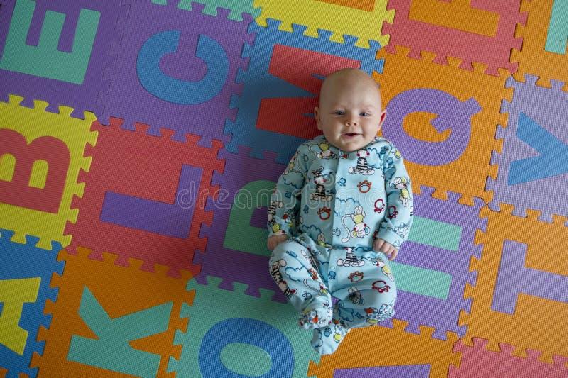 Potrait del neonato fotografie stock libere da diritti