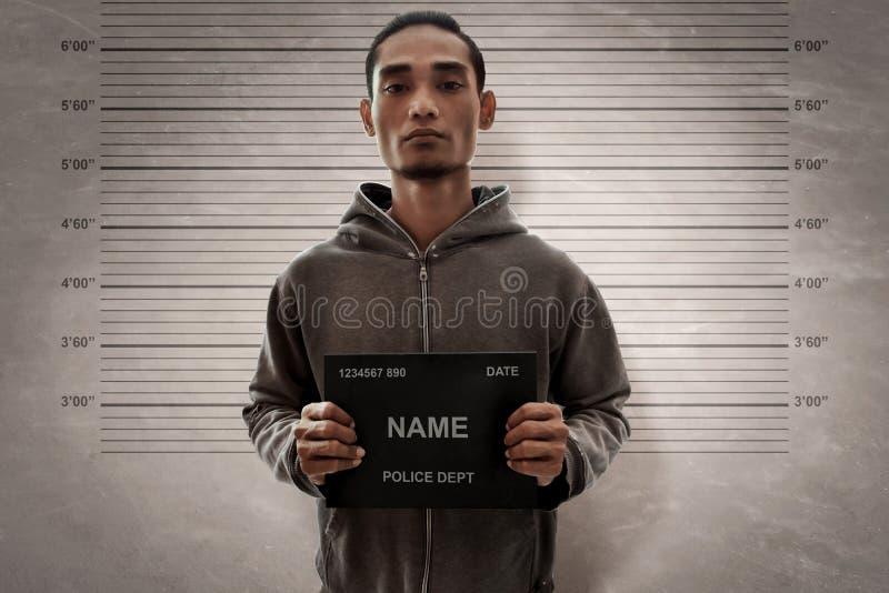 Potrait ein Mann Mugshot des Verbrechers lizenzfreie stockfotografie